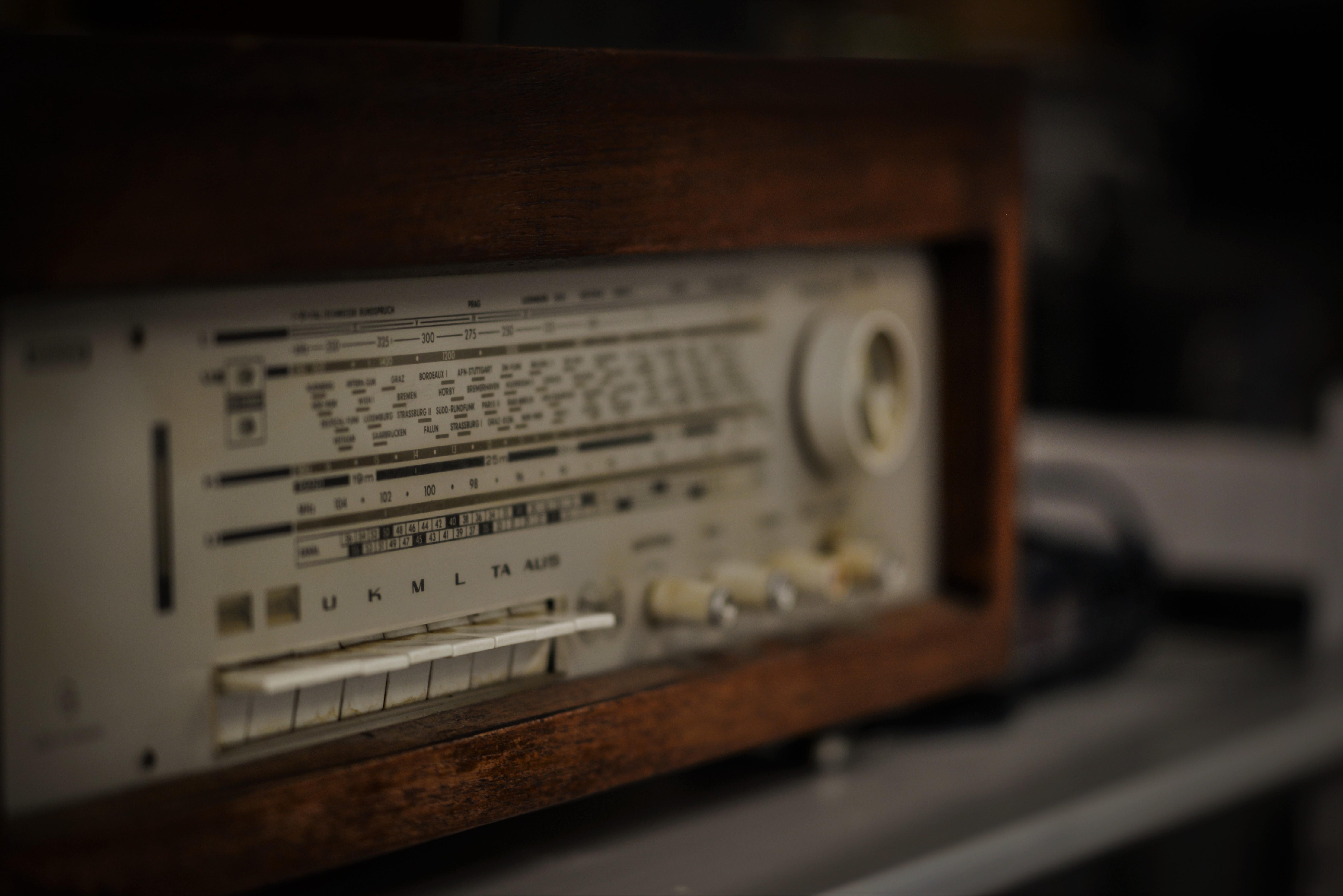 radio-37928266